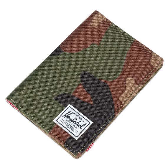 Herschel Raynor Passport Holder Woodland Camo