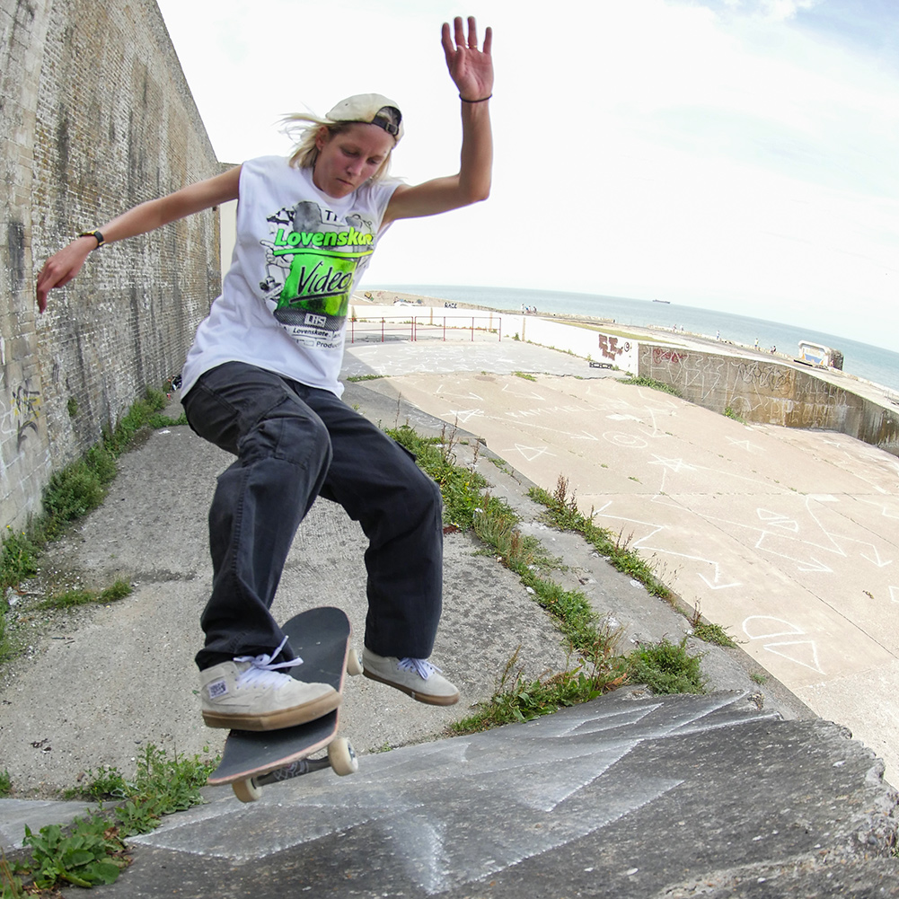 Lucy Adams - Skate Pharm Team Rider
